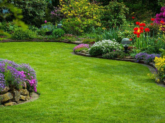 What services Landscaping companies can offer you?