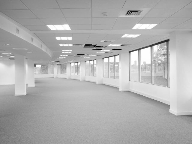 Reasons to hire fit out contractors